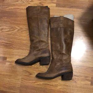 Gianni Bini Camel Boots